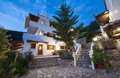Niki Studios & Apartments in Skopelos